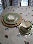 GREEN AND GOLD 10PC ROMANTIC PLATE SETTING FOR 2